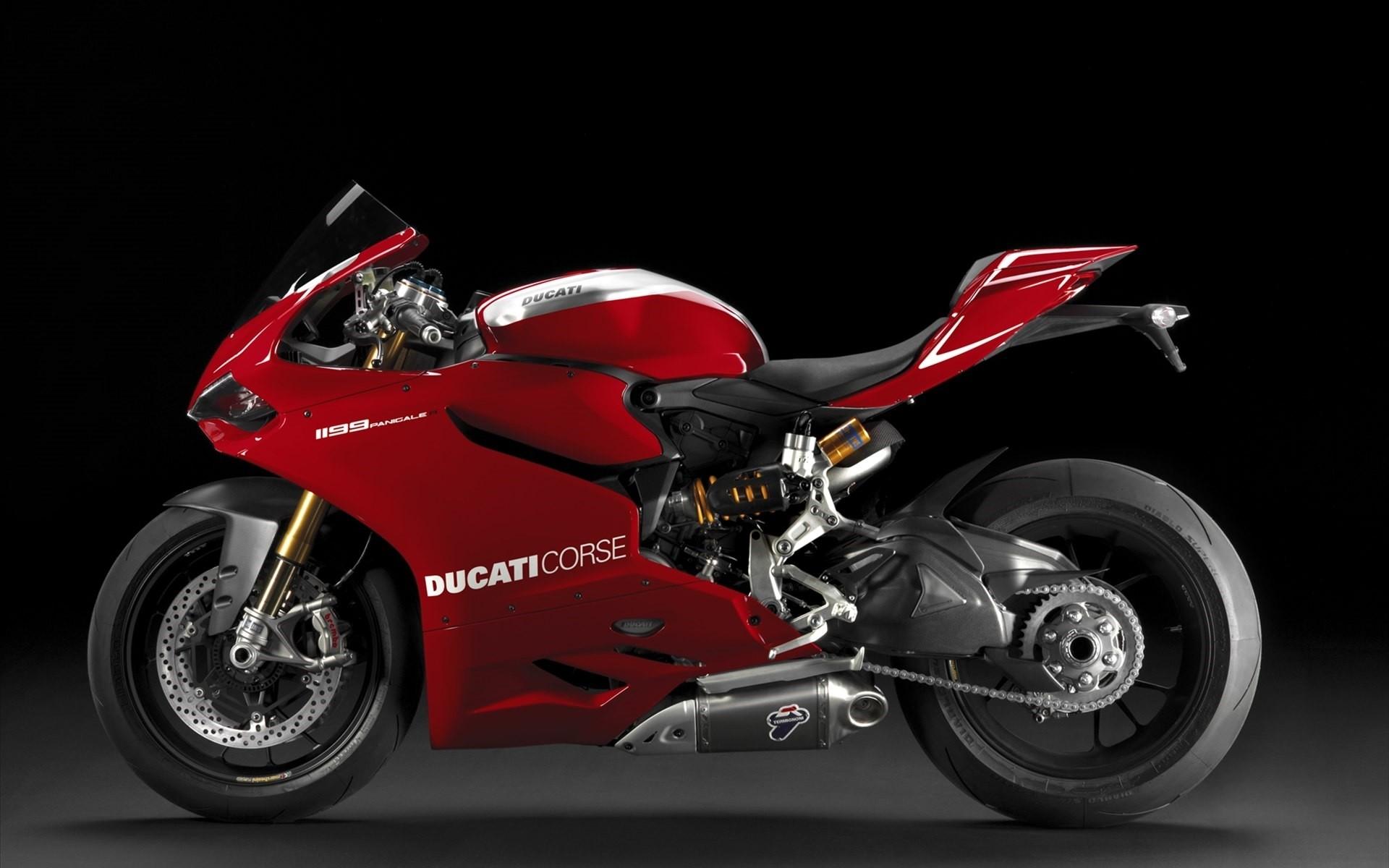 hinh nen sieu xe moto 11