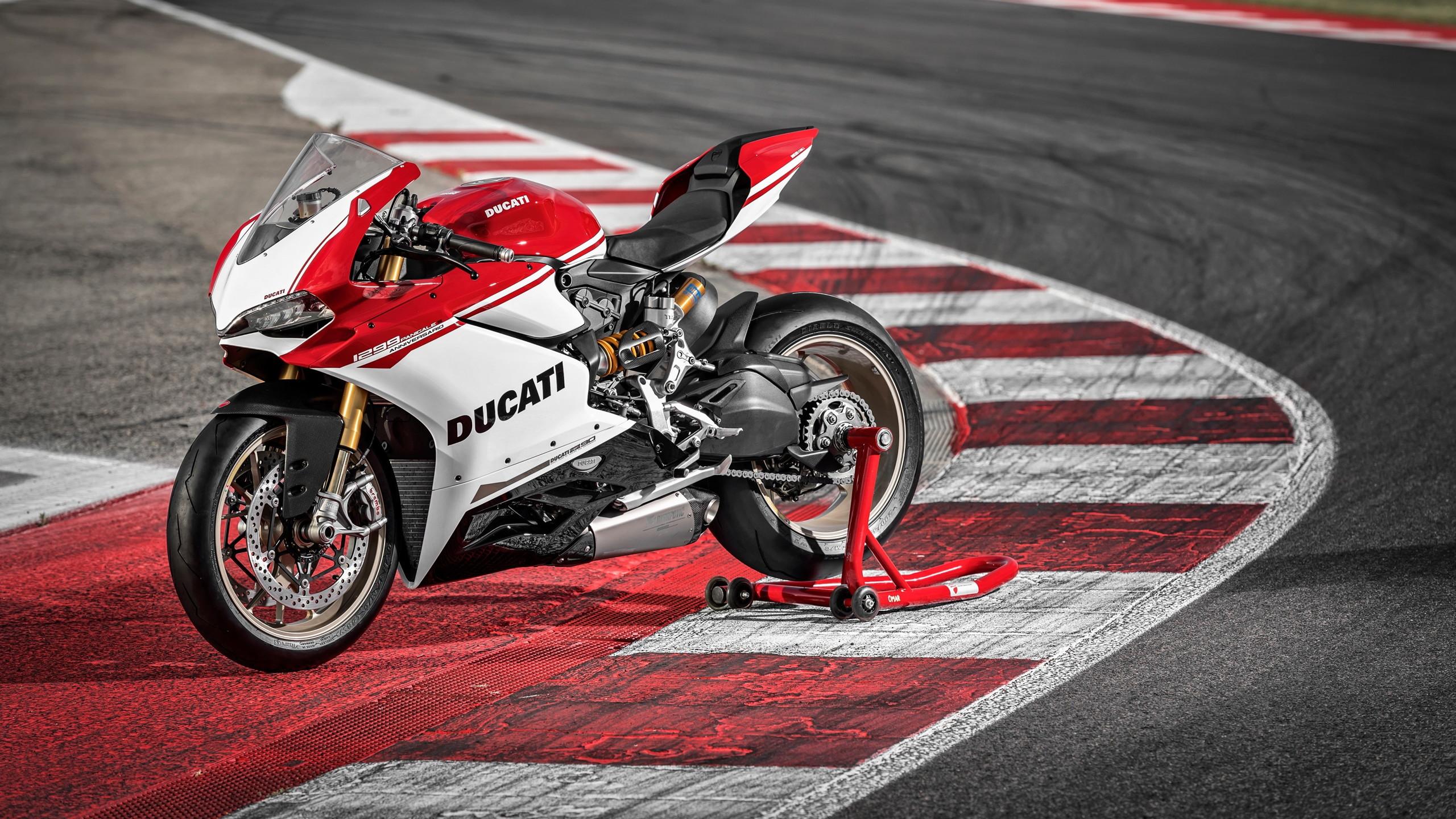 Tuyển chọn 70 hình nền siêu xe moto của các dòng siêu xe nổi tiếng như Ducati, Z1000, Kawasaki\u2026 đẹp nhất thế giới full HD cực chất.