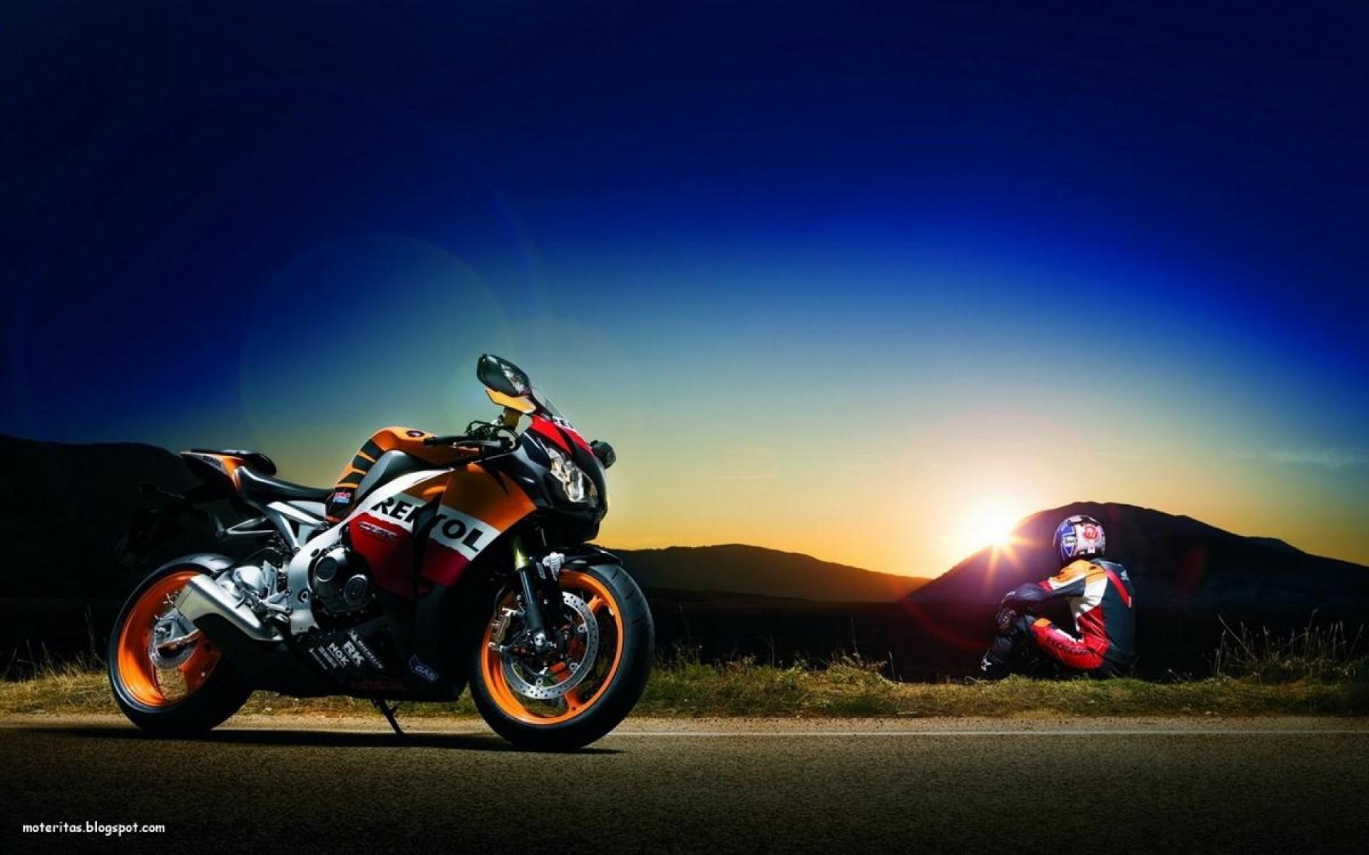 hinh nen sieu xe moto 18
