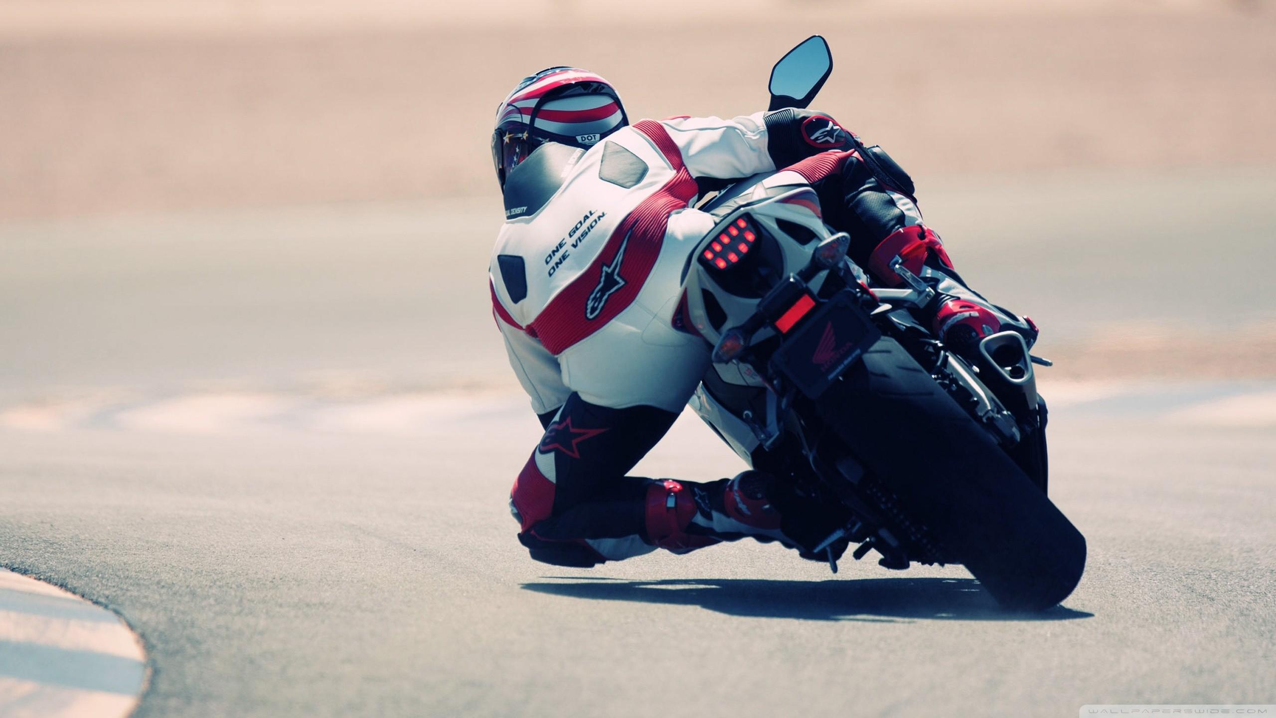 hinh nen sieu xe moto 19
