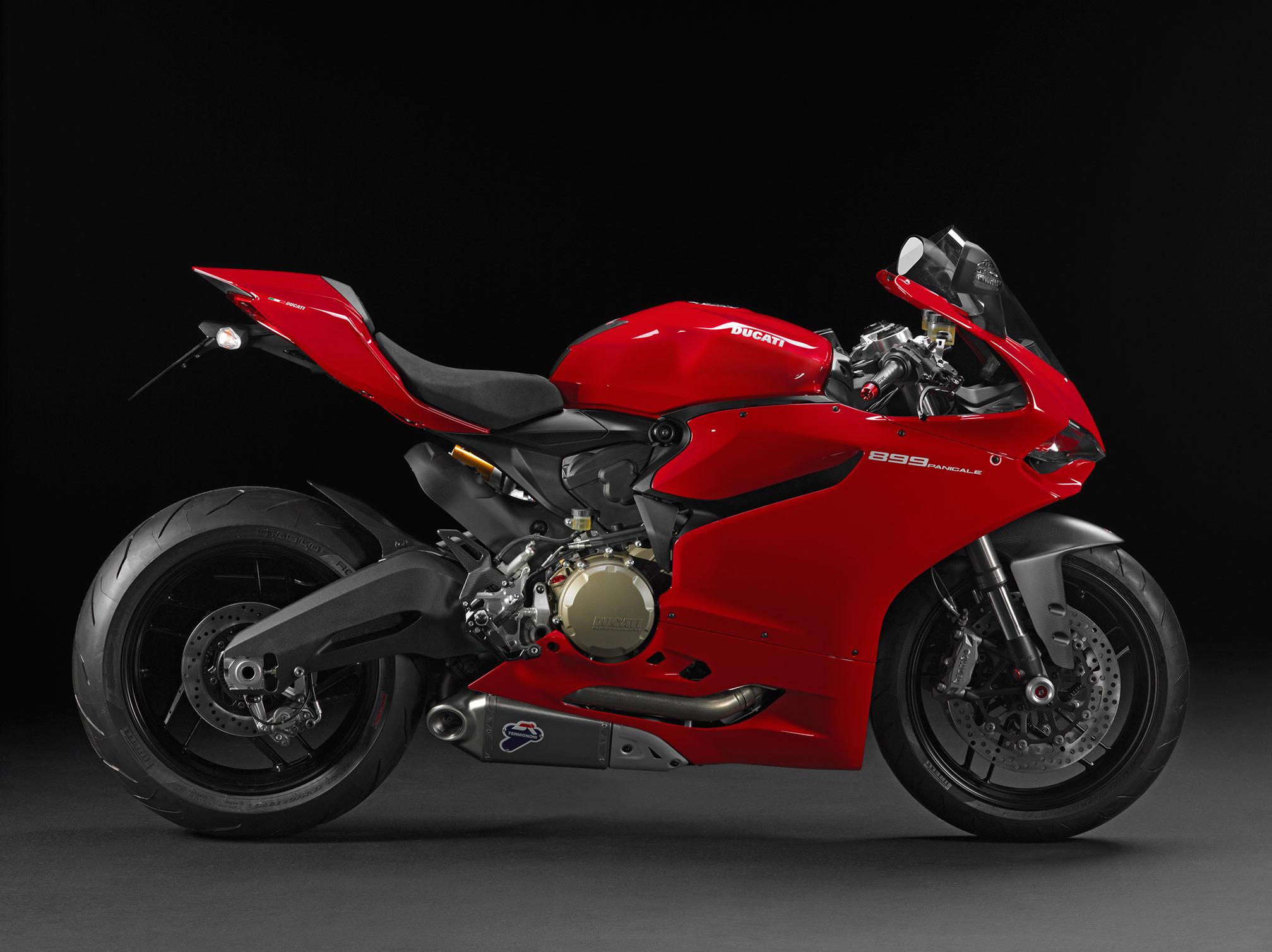 hinh nen sieu xe moto 48