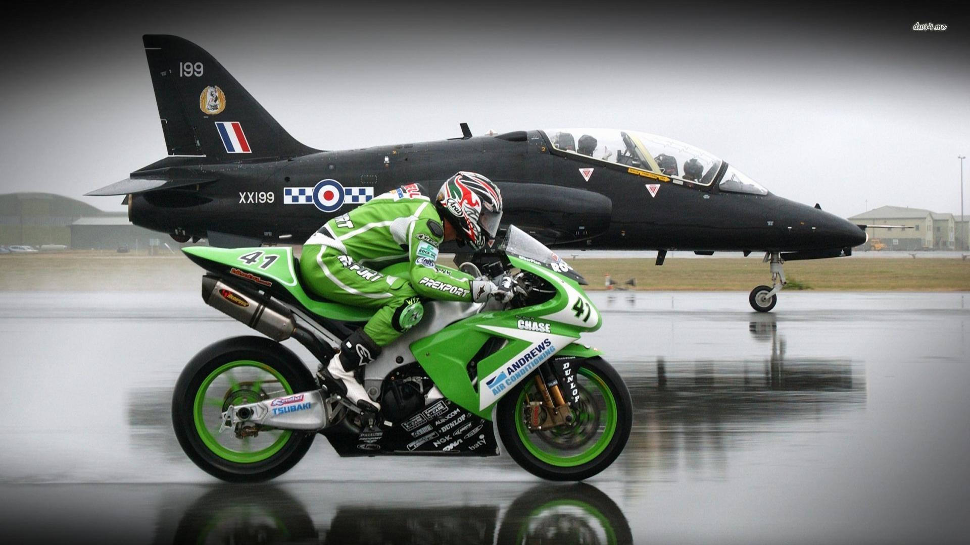 hinh nen sieu xe moto 56