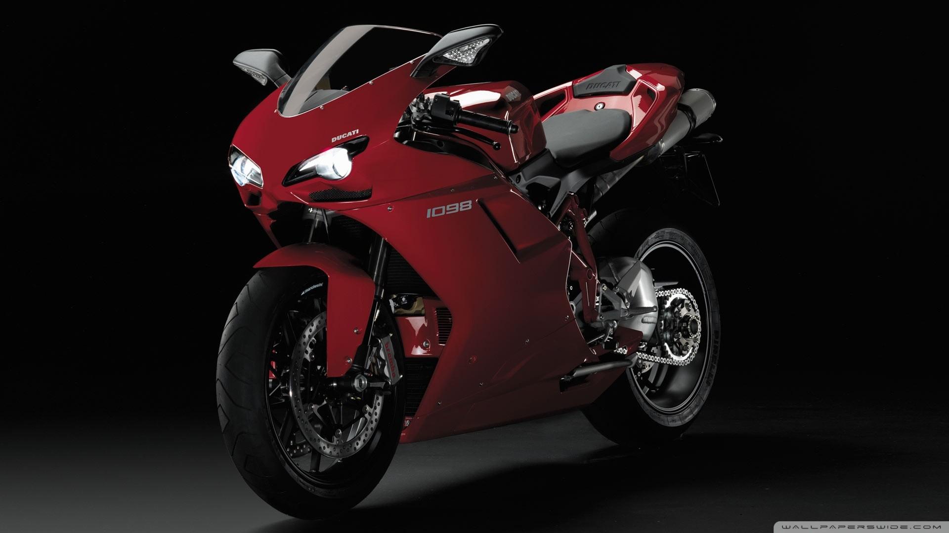 hinh nen sieu xe moto 8