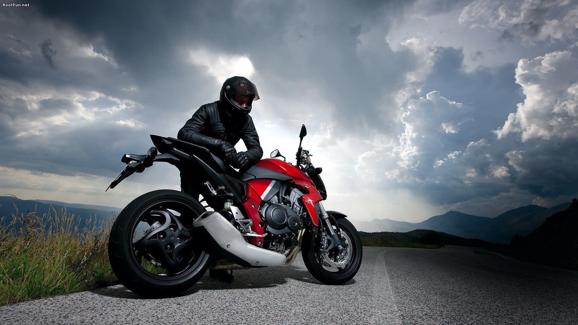 hinh nen sieu xe moto 9