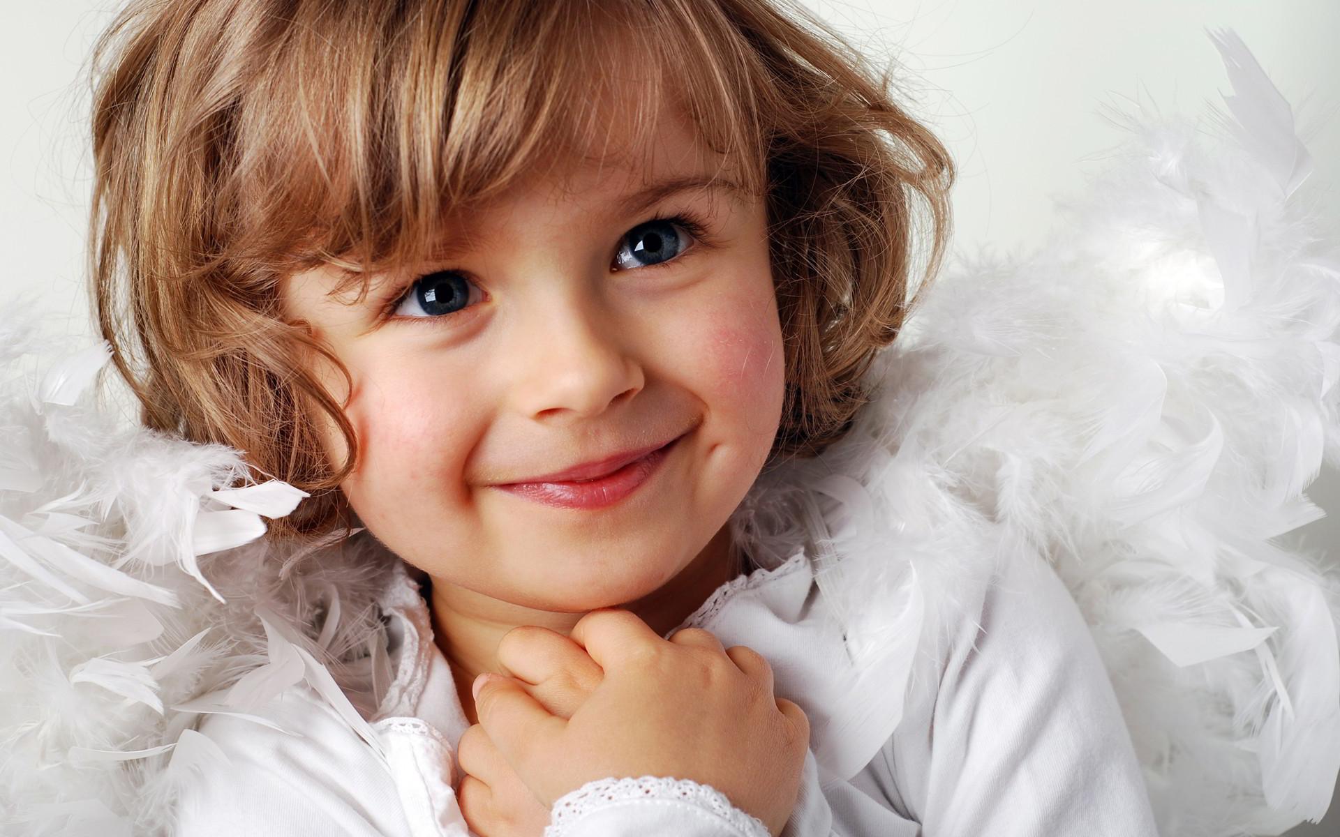 Ở đây hội tụ những hình ảnh đẹp nhất về em bé mà chúng tôi sưu tầm được gửi tặng đến bạn.