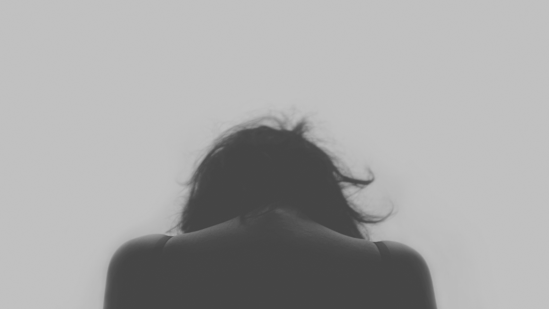 ảnh nền buồn cô đơn
