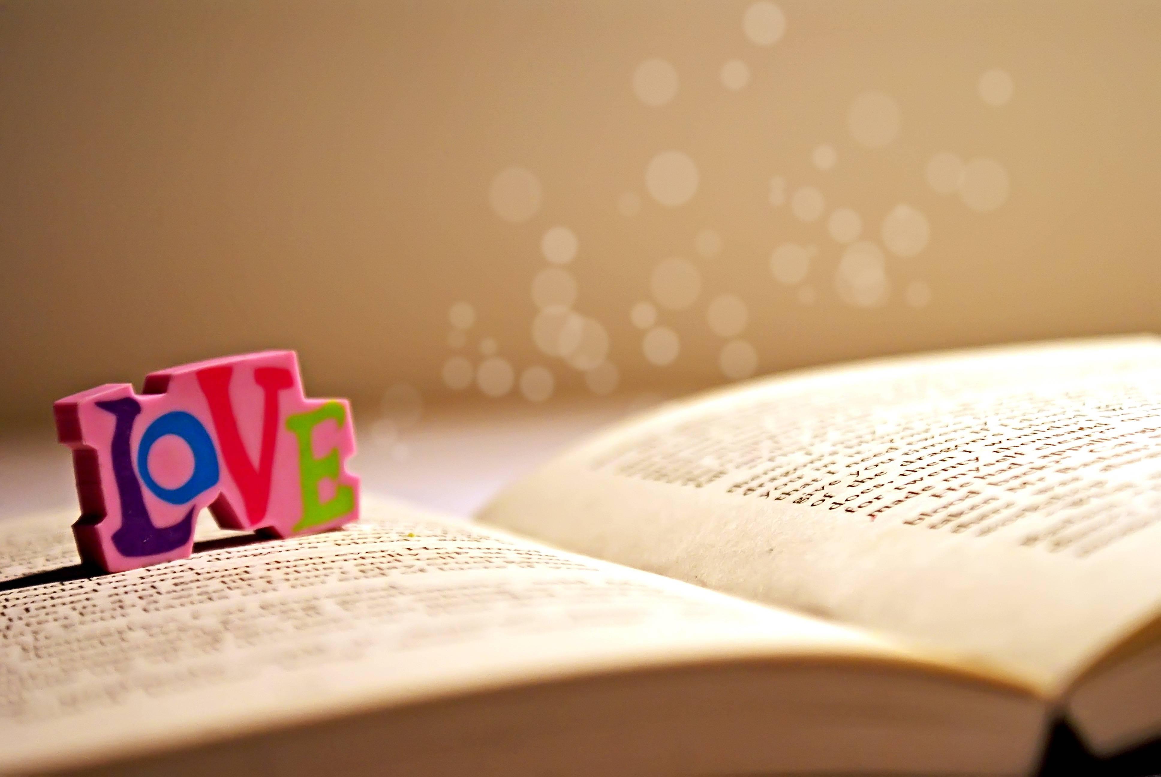 hình nền tình yêu dễ thương